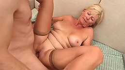 French blonde mature is giving blowjobs to younger guys in exchange for a good fuck